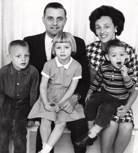Walter Mondale along with his wife and kids in 1964